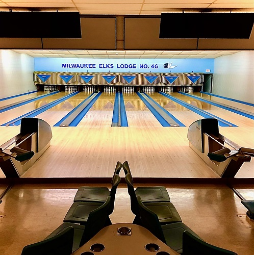 $350.00 Gets You this Newly Remodeled Eight Lane Bowling Alley In North Shore