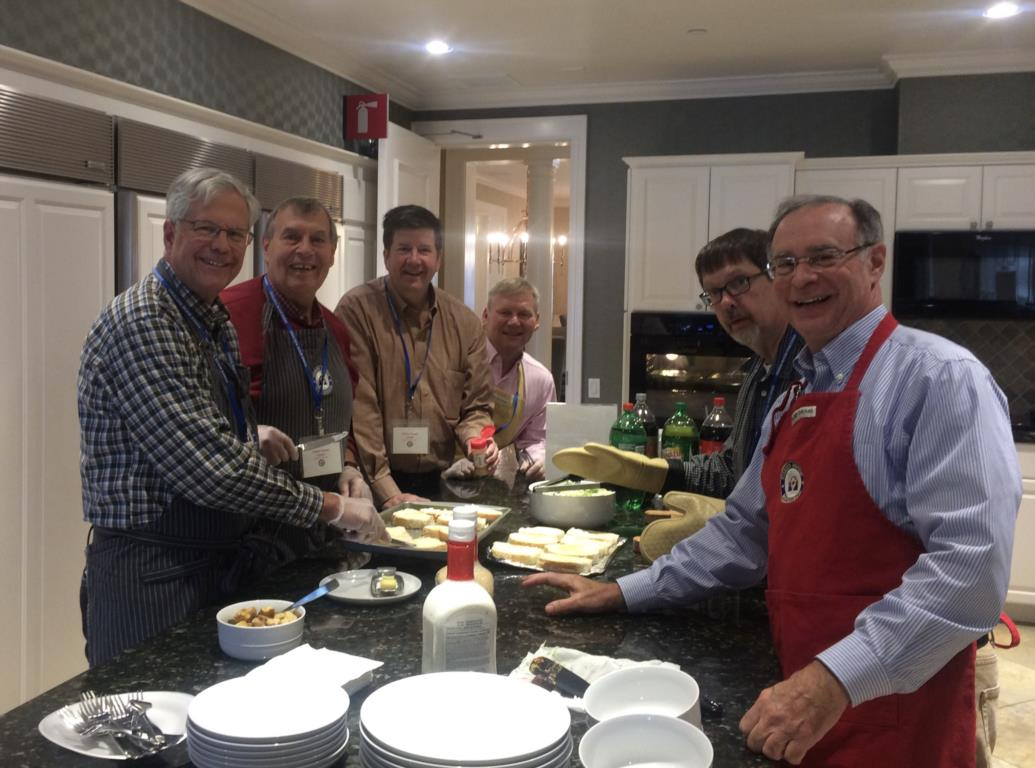 Kiwanis Serves At Fischer House