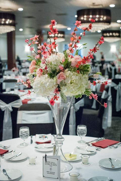 Designer Floral Table Centerpieces - The Perfect  Guest Statement